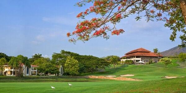 All-Inclusive Golf Getaway